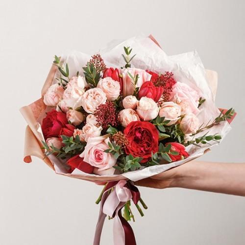 Рози - комбиниран букет